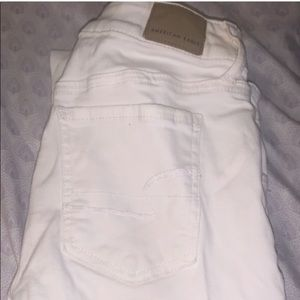 2 American Eagle jeans